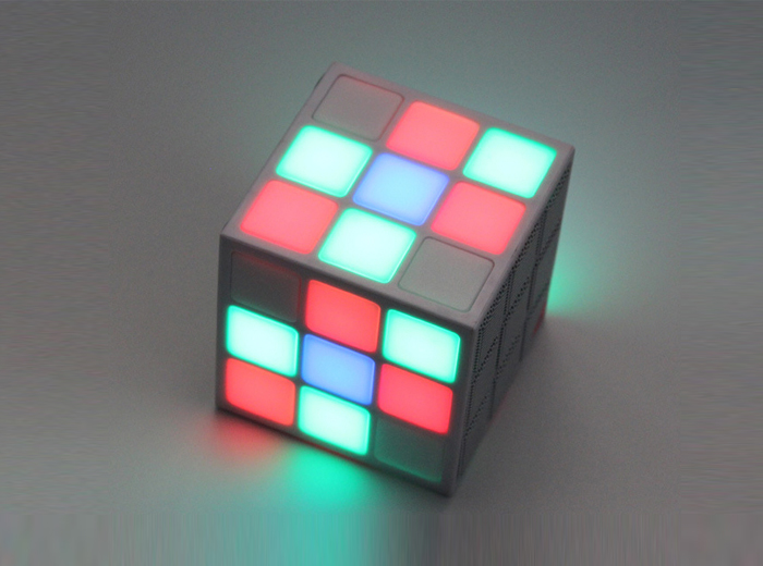 FM0095 Magic Cube BT Speaker